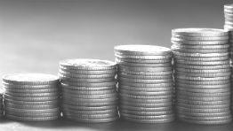 Peníze v obálce nově jen do 270 tisíc a další legislativní novinky