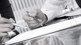 Malé firmy usilují o možnost řešit finanční potíže restrukturalizací